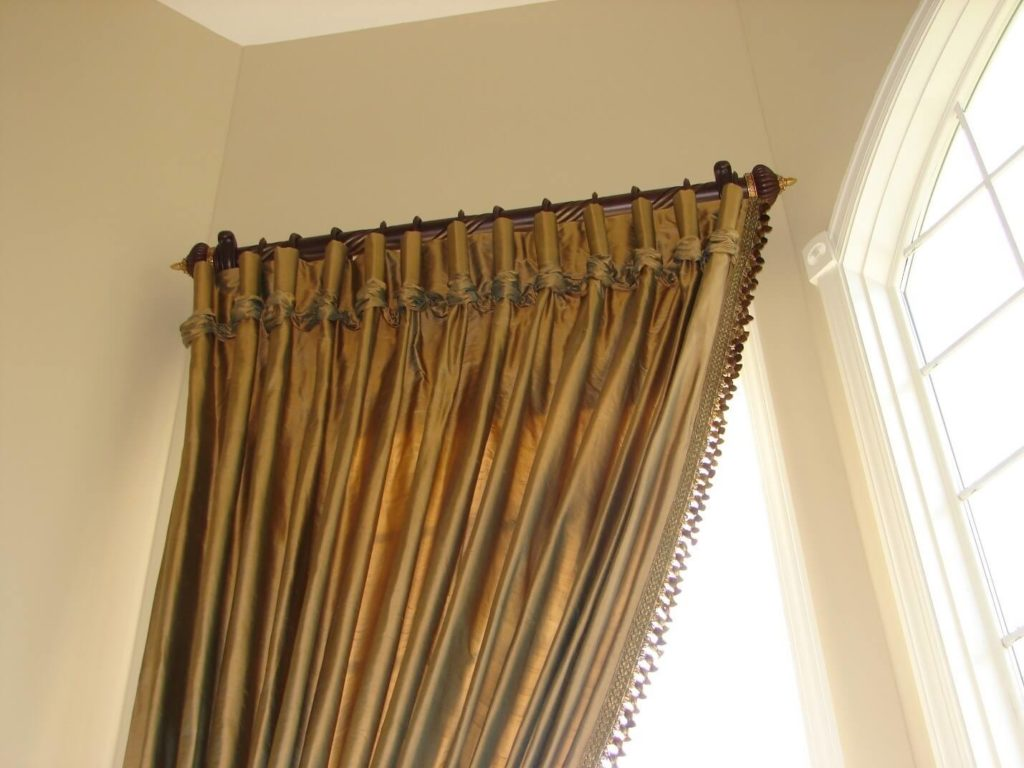 Catridge pleats with Ruched ends