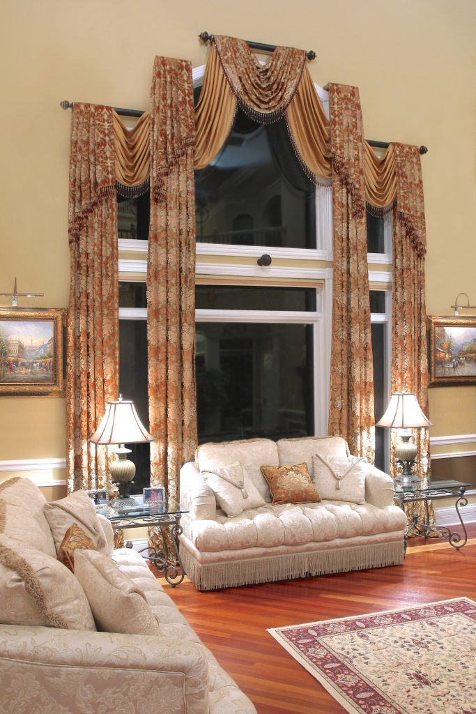 Swag drapery treatment in Oak Brook, Illinois luxury home